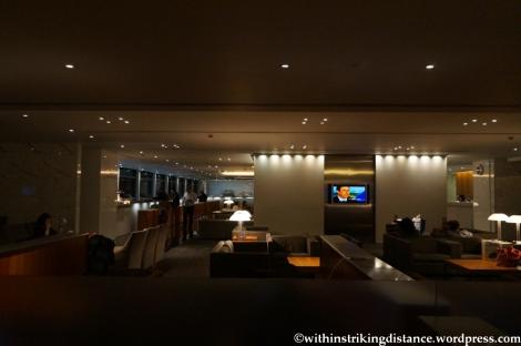 16Apr13 CX Pier Lounge HKG 002