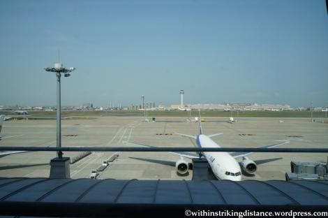 16Apr13 JAL Sakura Lounge HND 005