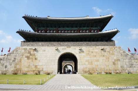 14Oct13 Janganmun Hwaseong Fortress Suwon South Korea 004