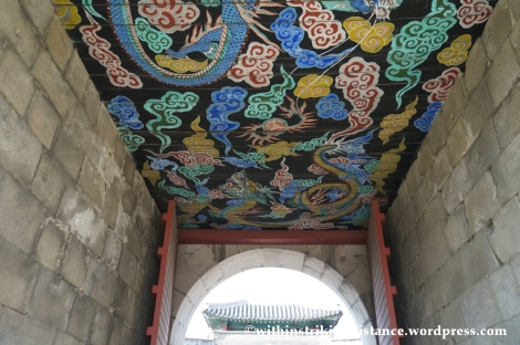 14Oct13 Janganmun Hwaseong Fortress Suwon South Korea 005