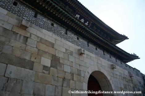 14Oct13 Janganmun Hwaseong Fortress Suwon South Korea 008
