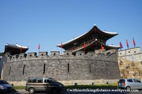 14Oct13 Paldalmun Hwaseong Fortress Suwon South Korea 001
