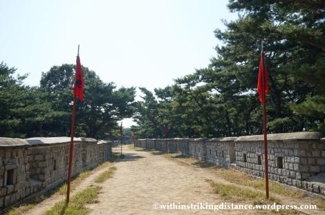 14Oct13 Paldalsan Wall Hwaseong Fortress Suwon South Korea 008