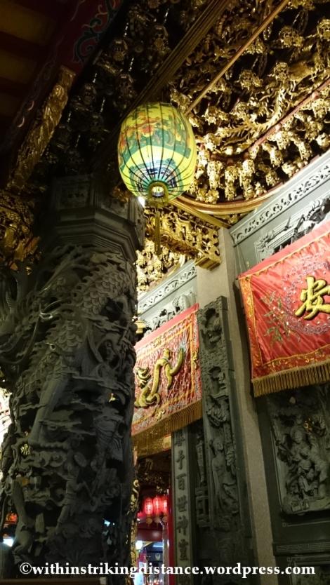 06Nov14 Raohe Street Night Market Ciyou Temple Taipei Taiwan 028