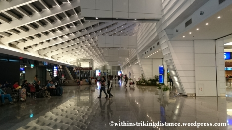 07Nov14 003 Taoyuan International Airport Terminal 1 Entrance Hall Taipei Taiwan