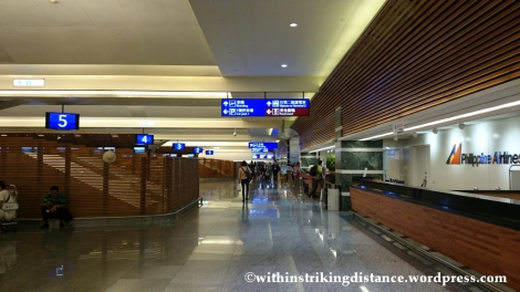 07Nov14 005 Taoyuan International Airport Terminal 1 Check-in Counters Taipei Taiwan