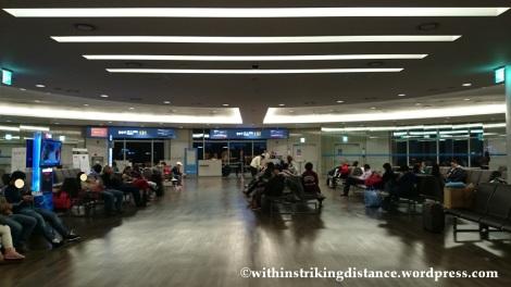 13Dec14 004 Economy Class Air Asia Zest Z2 85 Seoul Incheon Airport Manila