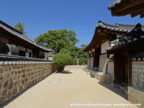 27Sep15 1003 South Korea Seoul Namsangol Hanok Village