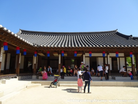 27Sep15 1007 South Korea Seoul Namsangol Hanok Village