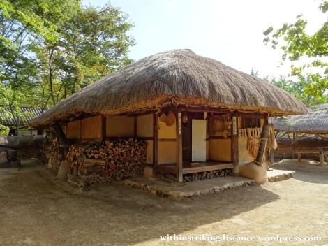 28Sep15 002 South Korea Seoul Yongin Korean Folk Village