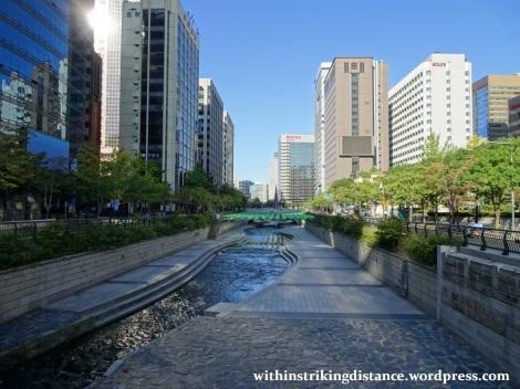 29Sep15 002 South Korea Seoul Cheonggyecheon