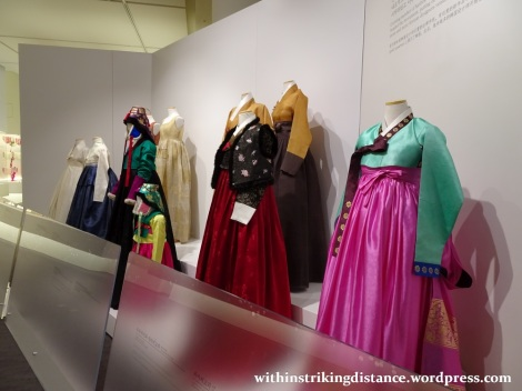 29Sep15 002 South Korea Seoul Cheongwadae Sarangchae Hanbok