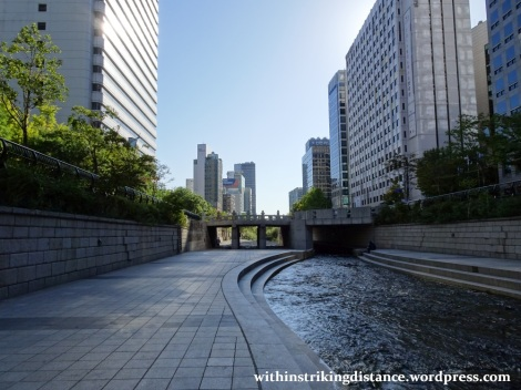 29Sep15 007 South Korea Seoul Cheonggyecheon