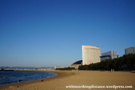 24Mar15 008 Japan Kyushu Fukuoka Seaside Momochi Momochihama Beach