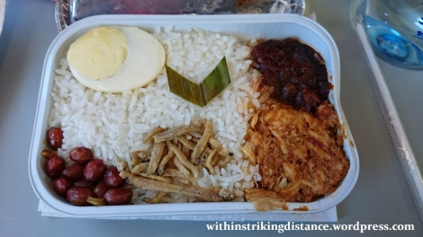 06Feb16 003 AirAsia Flight Z2 884 MNL ICN Meal Pak Nasser Nasi Lemak