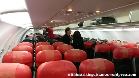 09Feb16 006 AirAsia Flight Z2 85 ICN MNL A320-200 Cabin