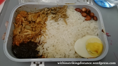 09Feb16 011 AirAsia Flight Z2 85 ICN MNL Meal Pak Nasser Nasi Lemak