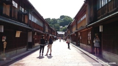 02Jul15 006 Japan Honshu Ishikawa Kanazawa Higashi Chaya