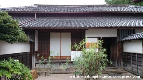 07jul15-003-japan-honshu-shimane-matsue-shiomi-nawate-street-former-samurai-district-houses