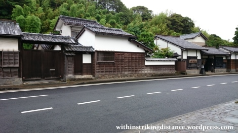 07jul15-011-japan-honshu-shimane-matsue-shiomi-nawate-street-former-samurai-district-houses