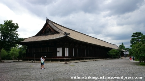 09jul15-004-japan-kansai-kyoto-sanjusangendo-rengeoin-temple