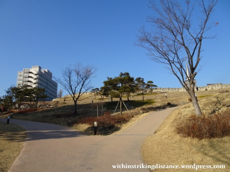 06feb16-004-south-korea-seoul-dongdaemun-heunginjimun-gate-old-city-wall