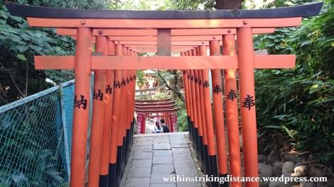 02oct16-003-japan-kanto-tokyo-taito-ueno-park-hanazono-inari-jinja-shrine