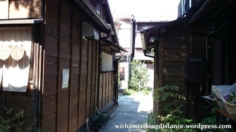 02oct16-017-japan-kanto-tokyo-taito-ueno-shitamachi-ueno-sakuragi-atari