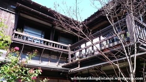 02oct16-018-japan-kanto-tokyo-taito-ueno-shitamachi-ueno-sakuragi-atari