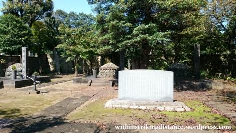 02oct16-026-japan-kanto-tokyo-taito-ueno-shitamachi-yanaka-cemetery