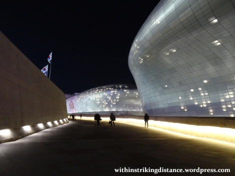 07feb16-002-south-korea-seoul-dongdaemun-design-plaza