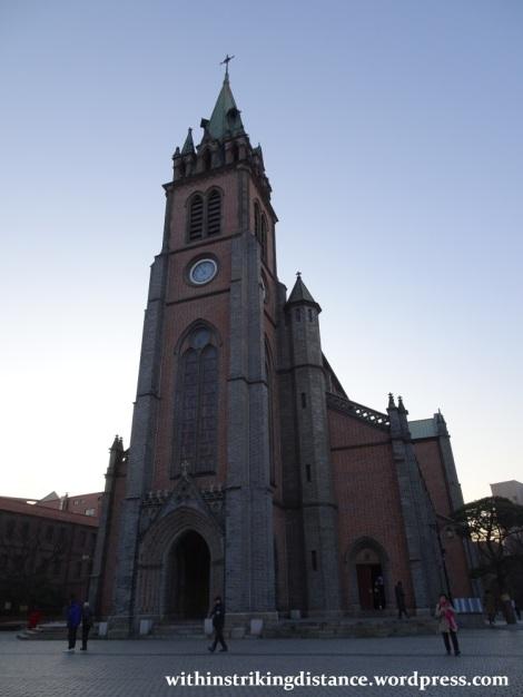 07feb16-002-south-korea-seoul-myeongdong-cathedral-catholic-church