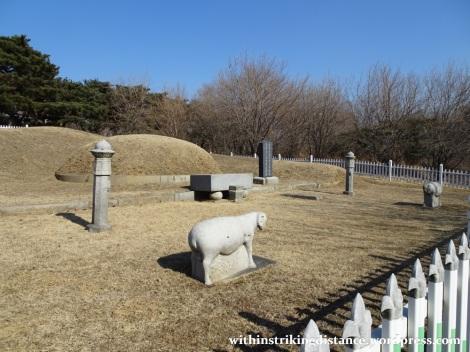 07feb16-006-south-korea-seoul-olympic-park-mongchontoseong