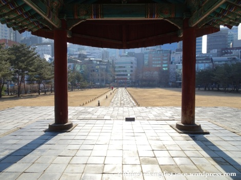 09feb16-020-south-korea-seoul-seonjeongneung-joseon-royal-tombs-jeongneung