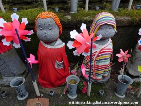 11nov16-007-japan-kanto-tokyo-zojoji-temple-jizo-statues