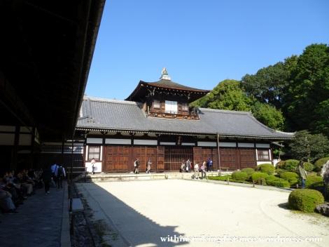 12nov16-010-japan-kyoto-higashiyama-tofukuji-autumn-leaves-koyo