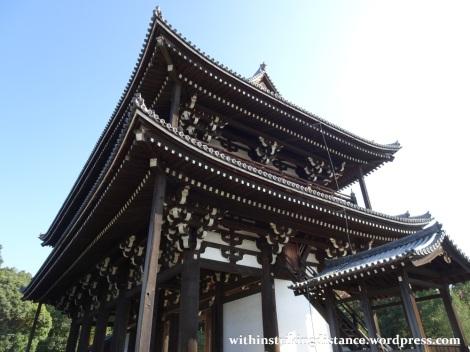 12nov16-016-japan-kyoto-higashiyama-tofukuji-autumn-leaves-koyo-sanmon